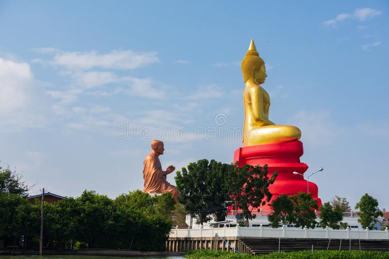Bangkok, Thailand - Jan 20, 2016 : Temple of buddhist along Chao Phra Ya River in Bangkok.  A visit to Bangkok would not be. Complete without exploring the stock photography