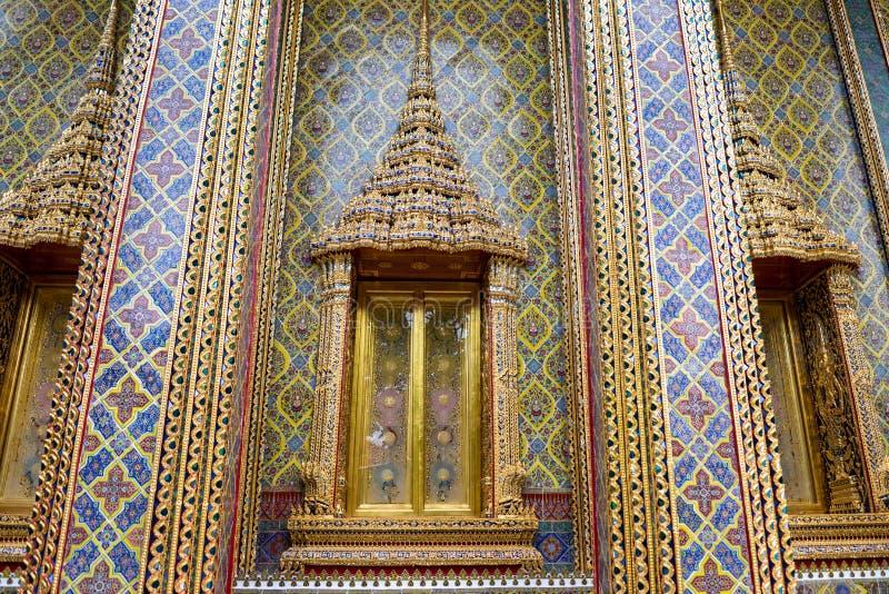 Bangkok - Thailand 3,2018 juli: Kleurrijke traditionele Thaise stijl royalty-vrije stock foto