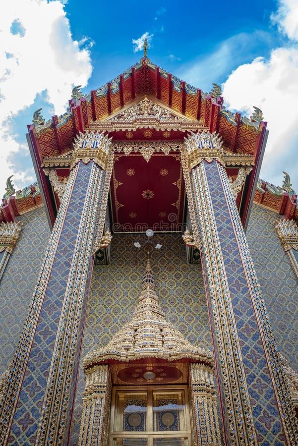 Bangkok - Thailand 3,2018 juli: Kleurrijke traditionele Thaise stijl stock afbeelding