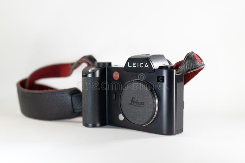Bangkok Thailand - 13 Juli, 2018: Leica SL; den yrkesmässiga mirrorless avkännaren för fullframekamera 35mm CMOS vid den Leica Ty royaltyfria bilder