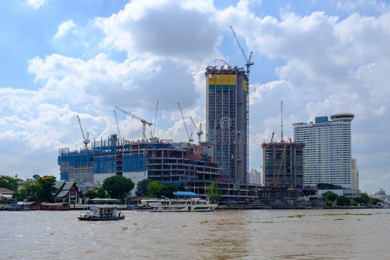 BANGKOK, Thailand-2 JUN 2017, Mening van moderne de bouwconstructi royalty-vrije stock afbeeldingen