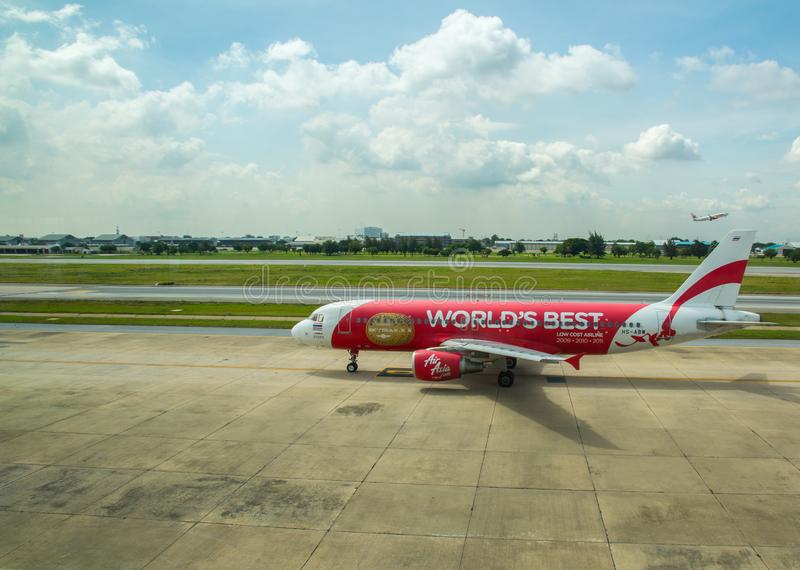 AirAsia Airbus a320 before take off, Don Muang airport, Bangkok, Thailand. AirAsia Airbus a320 before take off, Don Muang airport, Bangkok stock photo