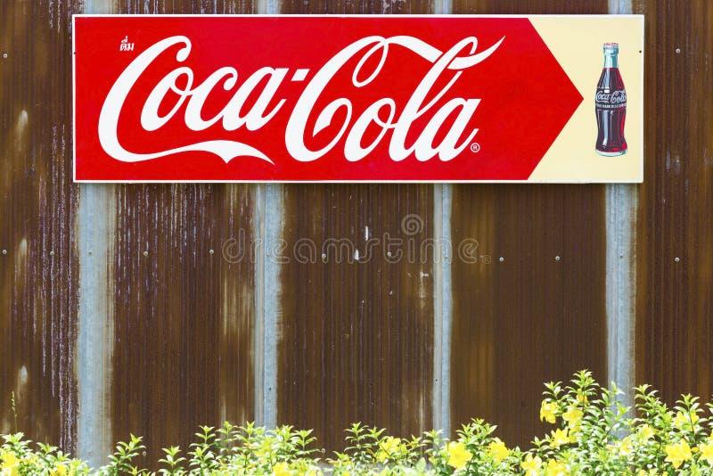 Bangkok, Thailand - Mei 26.2018: Een reclameteken van coca-Co royalty-vrije stock afbeelding