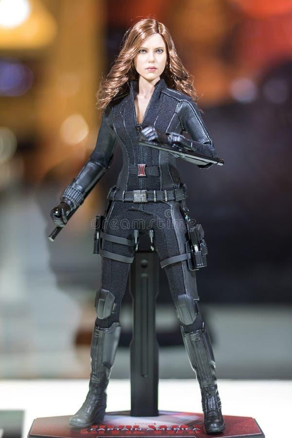 Bangkok, Thailand - Mei 6, 2017: Het karakter van Zwarte weduwe of Natasha Romanoff modelleert in Wrekersfilm op vertoning bij Ce royalty-vrije stock foto
