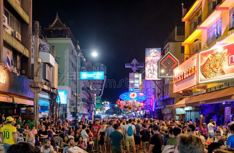 Bangkok, Thailand - Nov 19 2017 : Unidentified tourists with drinking traveling in pub and bar on Khao San. Road stock photos
