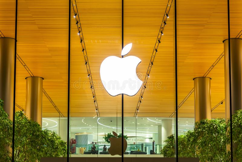 Bangkok, Thailand - November 9, 2018: Apple-opslag shopfront logboek royalty-vrije stock afbeelding
