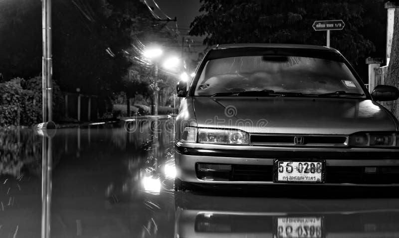 BANGKOK, THAILAND - OKTOBER 15: De stijgingen van de vloedwaterspiegel als c stock fotografie