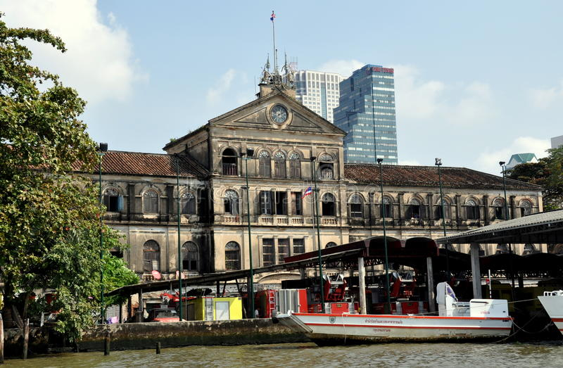 Download Bangkok, Thailand: Old Customs House Editorial Stock Photo - Image: 18198038