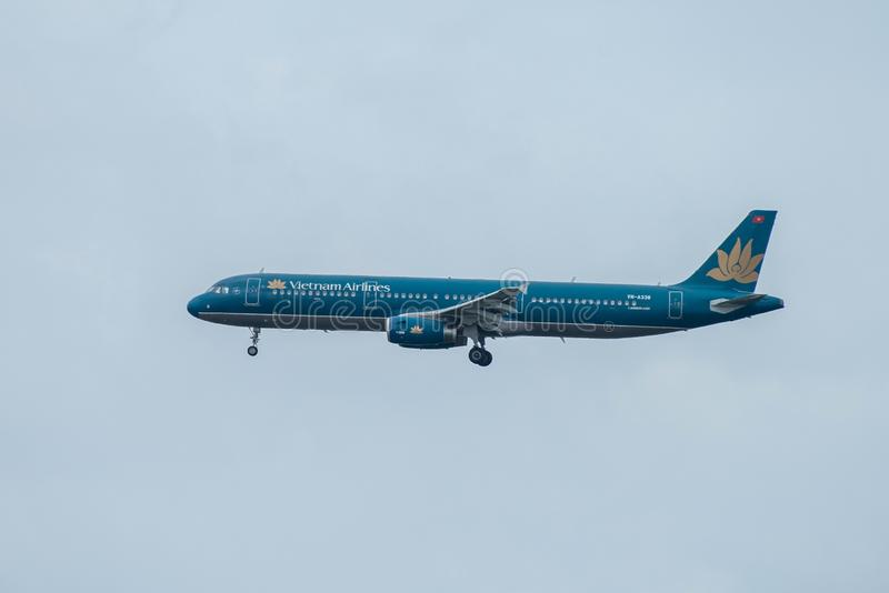 Bangkok, Thailand, 12th Aug 2018: Vietnam Airlines Reg. no. VN-A338 A321-231 Flight HVN601 from SGN landing to BKK royalty free stock photos