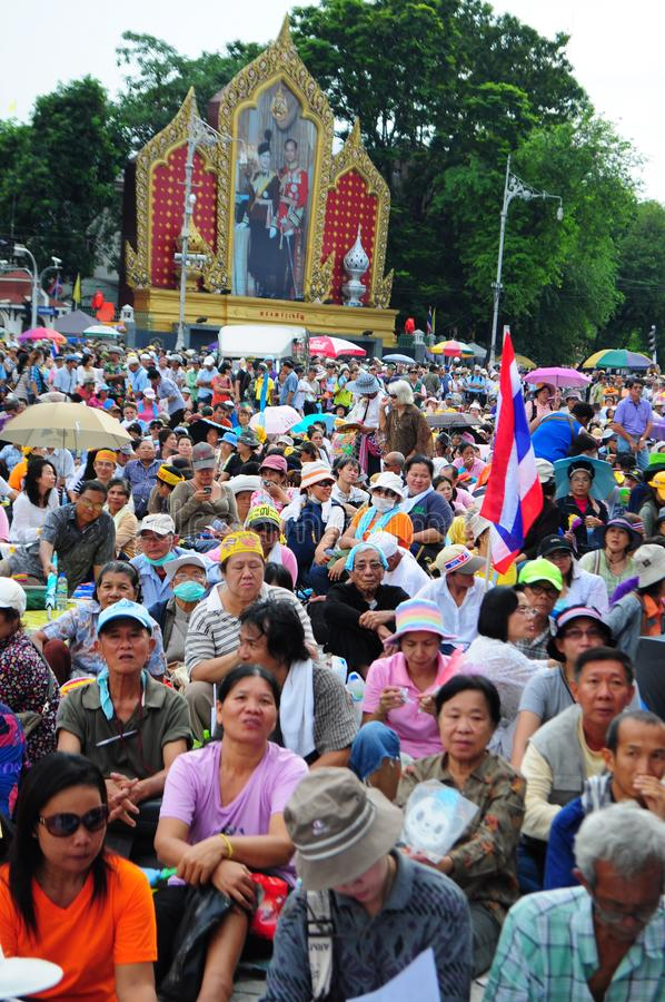 Bangkok/Thailand - 11 24 2012: Thai people protest against the gouvernment at the Royal Plaza.  stock photos