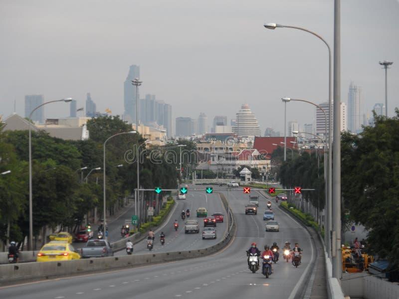 Bangkok vollzieht seine Wurzeln zu einer kleinen Handelsstation während des Ayutthaya-Königreiches im 15. Jahrhundert nach, das s lizenzfreie stockbilder