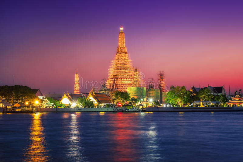 Bangkok & Zonsondergang royalty-vrije stock afbeelding