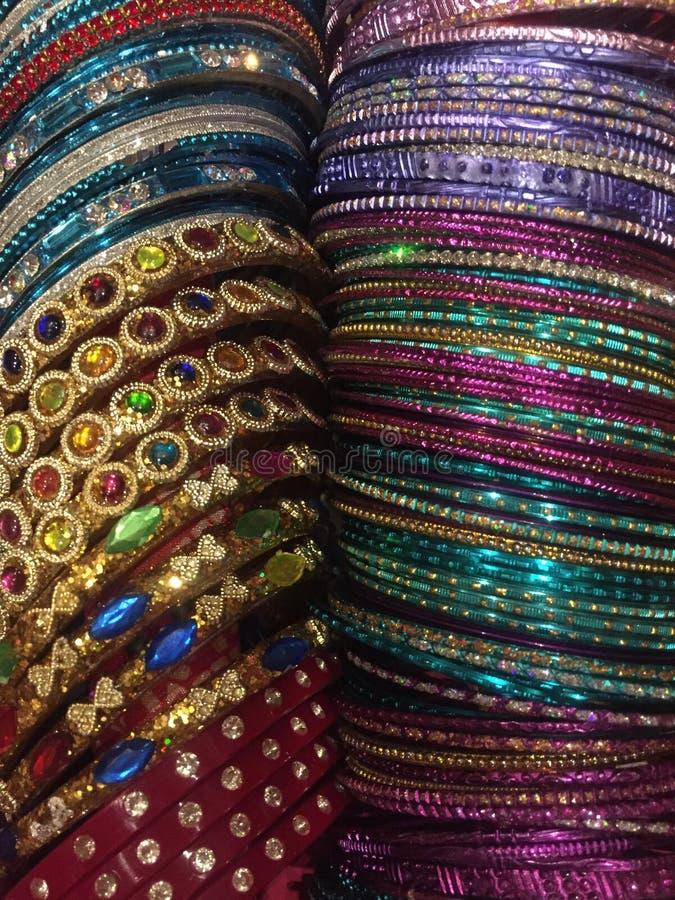Bangles asortowani colours obraz stock