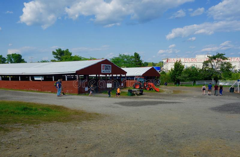 Bangor stanu Uczciwi rolniczy budynki Sierpień 2, 2019, Maine, usa fotografia stock