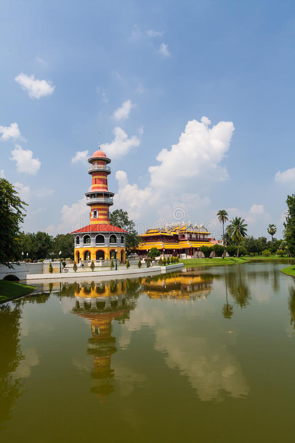 Bangpa im Palast lizenzfreie stockbilder