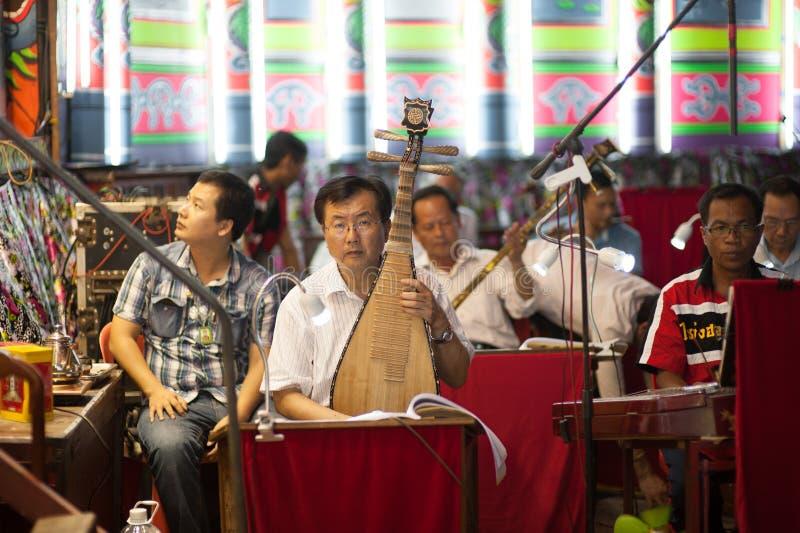 BANGUECOQUE, TAILÂNDIA - Aprill 11: Ator chinês da ópera de Celebratin fotos de stock