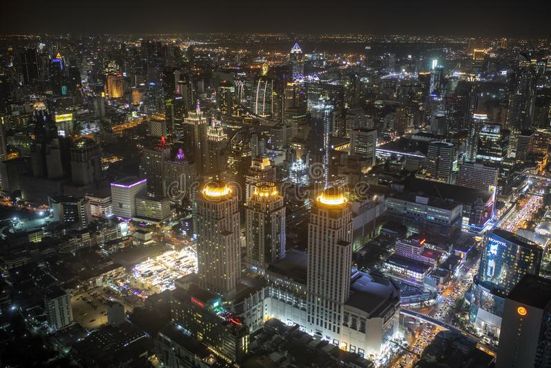 Banguecoque Tailândia - august21,22018: ideia de ângulo alto da skyline urbana no coração da opinião de Banguecoque da torre do b imagem de stock royalty free