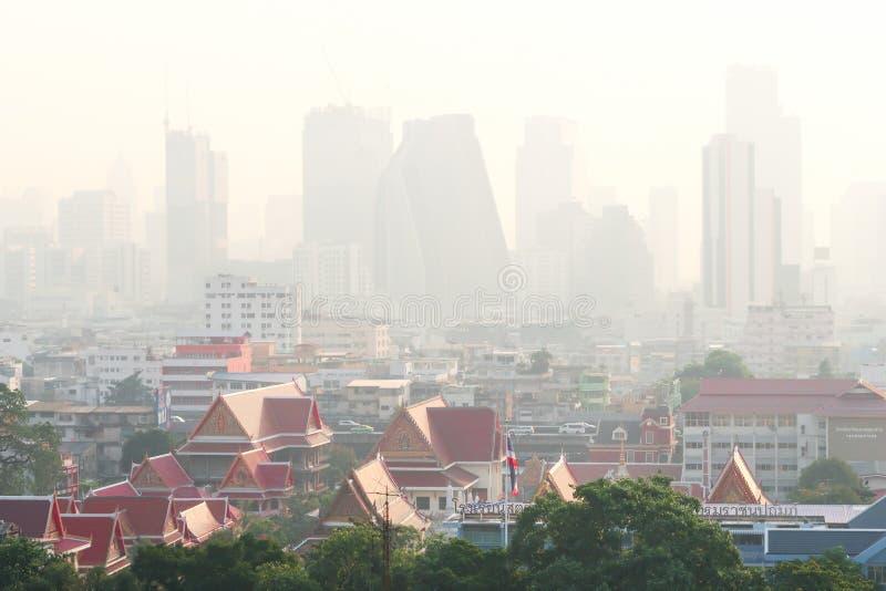 Banguecoque, Tailândia - 30 de janeiro de 2019: Poluição do ar com poeira pm 2 5 em Banguecoque, Tailândia imagem de stock