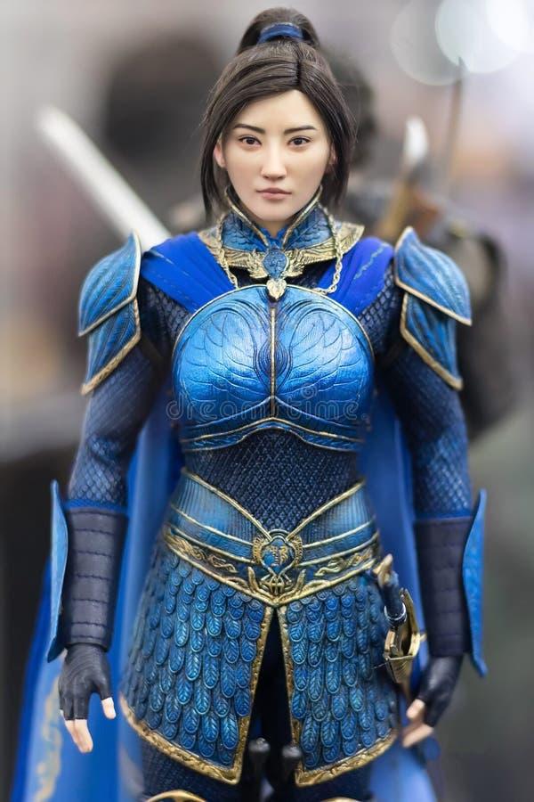 Banguecoque, Tailândia - 6 de maio de 2017: Caráter do modelo do comandante Lin Mae no filme do Grande Muralha do terno do estilo fotografia de stock royalty free