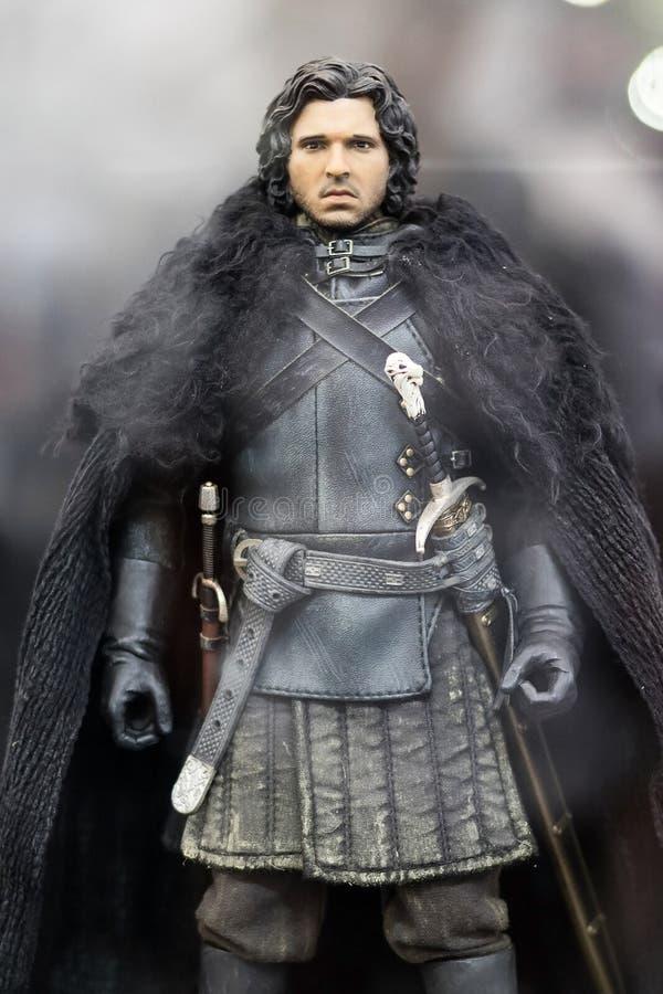 Banguecoque, Tailândia - 6 de maio de 2017: O caráter de brinquedos de Jon Snow modela no jogo da série dos tronos na exposição n fotos de stock