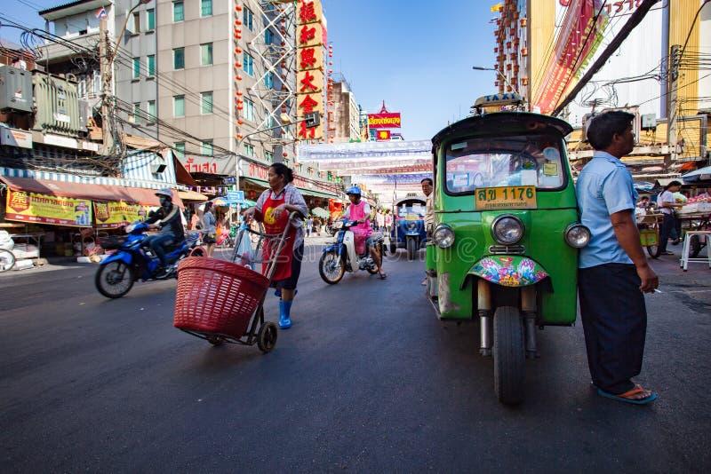 BANGUECOQUE TAILÂNDIA - FEVEREIRO 24,2015: vida dos povos de Banguecoque em yao fotos de stock