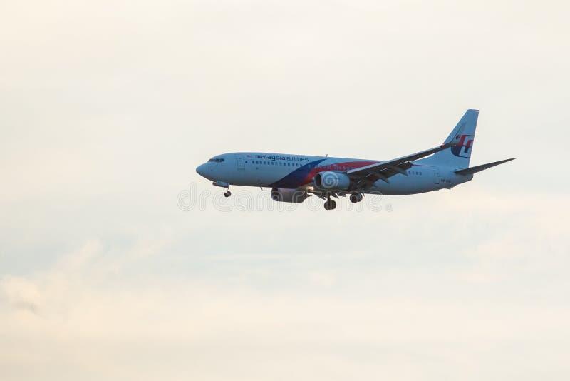 BANGUECOQUE TAILÂNDIA JULHO 22,2017: Boeing 737-300 do airli de malaysia imagem de stock