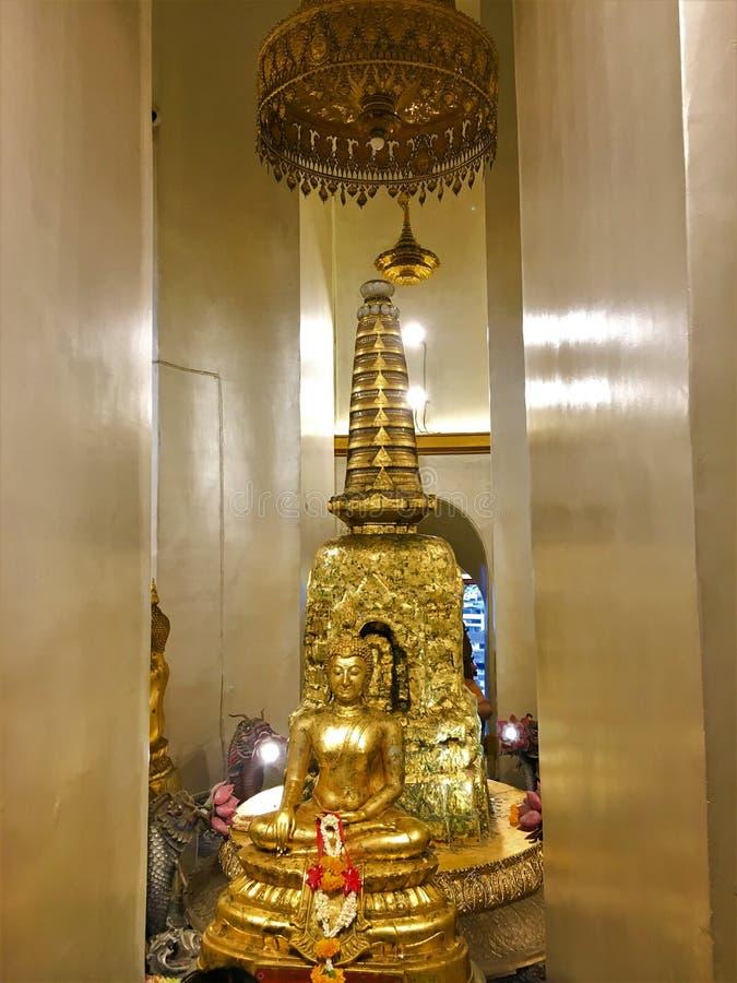 BANGUECOQUE TAILÂNDIA agosto 14,2018 Wat Saket Ratcha Wora Maha Wihan no distrito de Pom Prap Sattru Phai, Banguecoque, Tailândia imagens de stock