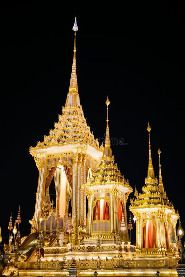 BANGUECOQUE, TAILÂNDIA - 30 DE DEZEMBRO DE 2017: Cerimônia real da cremação de seu rei Bhumibol Adulyadej da majestade em Sanam L foto de stock