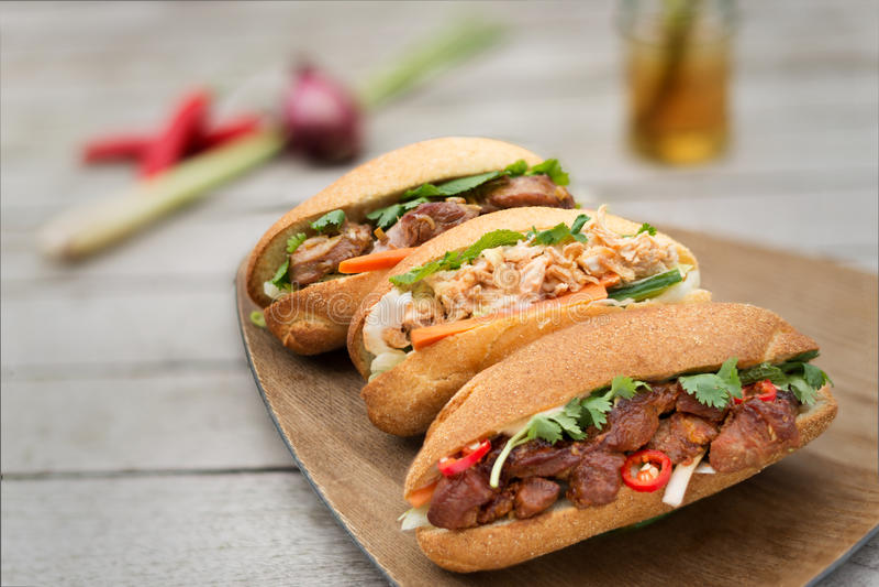 Banh Mi, Vietnamees brood drie smaken royalty-vrije stock afbeeldingen