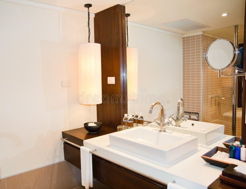 Download Banheiro foto de stock. Imagem de dentro, confortável - 10056144