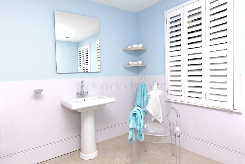 Banheiro azul fotos de stock royalty free