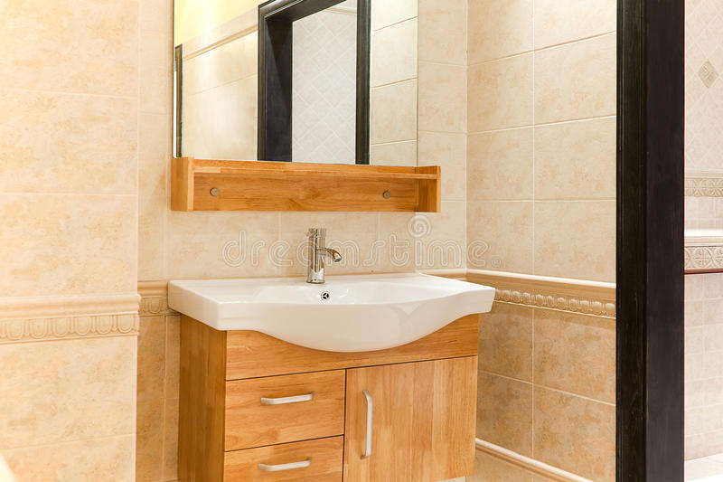 Banheiro bonito fotografia de stock