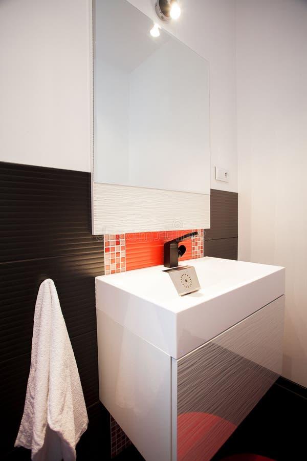 Banheiro elegante fotografia de stock