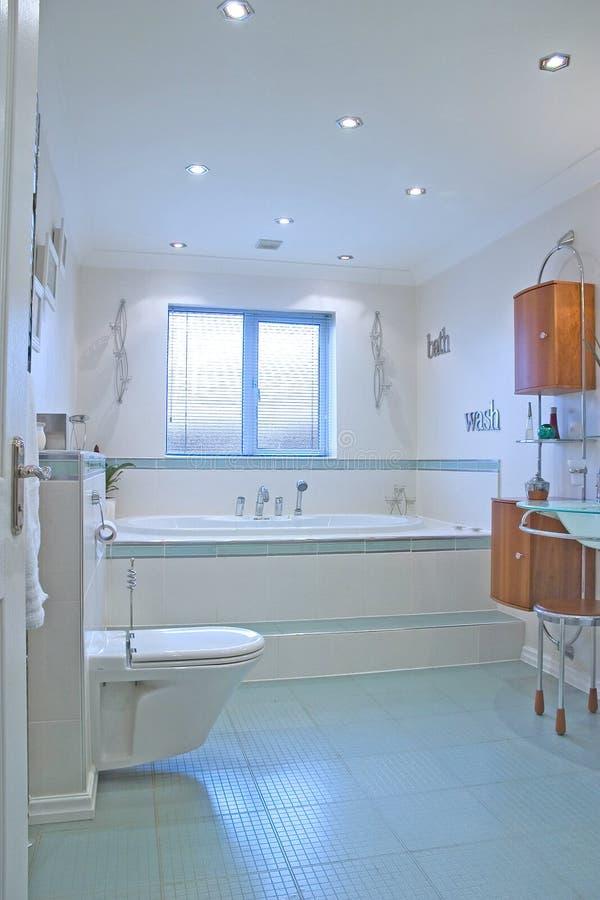 Banheiro luxuoso BRITÂNICO imagens de stock royalty free