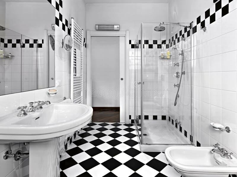 Download Banheiro moderno imagem de stock. Imagem de cabeça, porta - 26508817