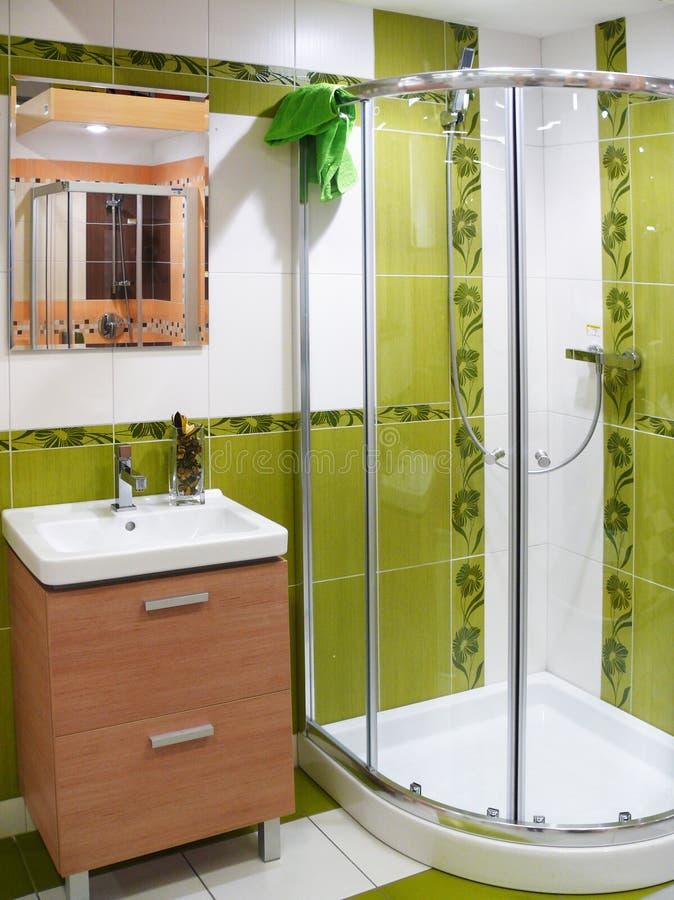 Banheiro moderno do desenhador foto de stock royalty free