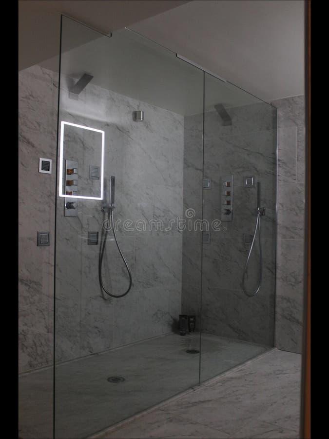 Banheiro moderno funky imagens de stock royalty free
