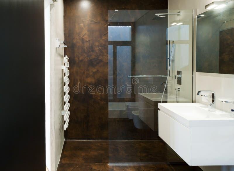 Banheiro moderno interior fotografia de stock royalty free