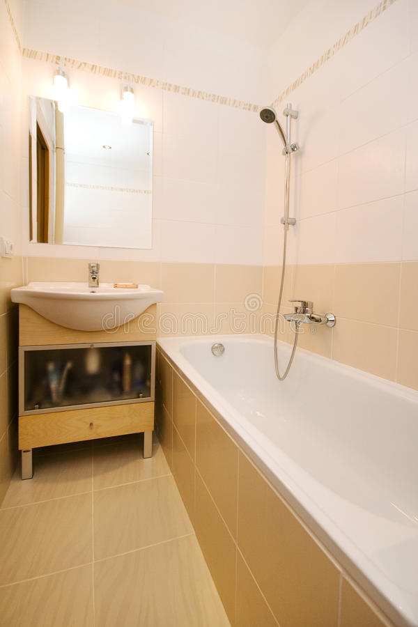 Banheiro moderno vazio fotos de stock royalty free
