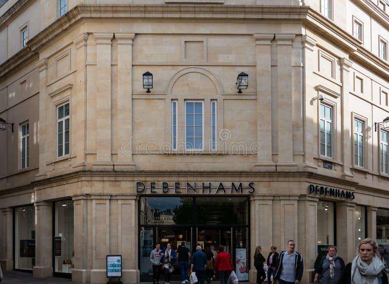 Banho da loja de Debenhams imagens de stock