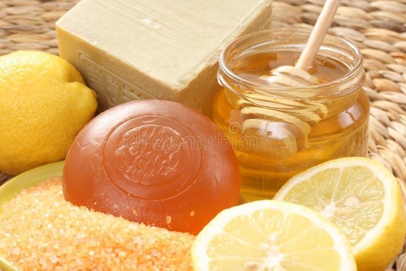 Banho do mel e do limão imagens de stock royalty free
