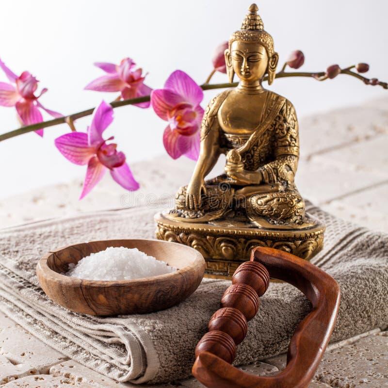 Banho interno espiritual da beleza com buddhism, meditação e massagem imagem de stock royalty free