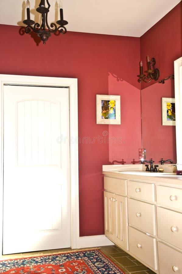 Banho moderno colorido imagem de stock