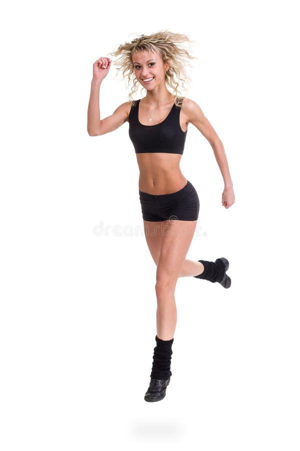 Banhoppningen för aerobicskonditionkvinna isolerade den oavkortade kroppen royaltyfria bilder