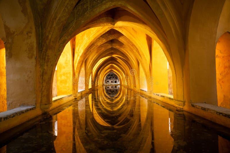 Banhos do Alcazar real. Sevilha, Spain fotos de stock royalty free