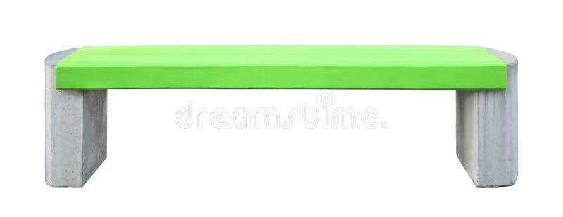 Bank mit grünem hölzernem Sitz und Steinden beinen, lokalisiert stockfoto