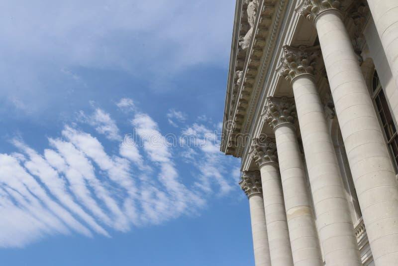 Bank oder Regierungs-Gebäude lizenzfreie stockbilder