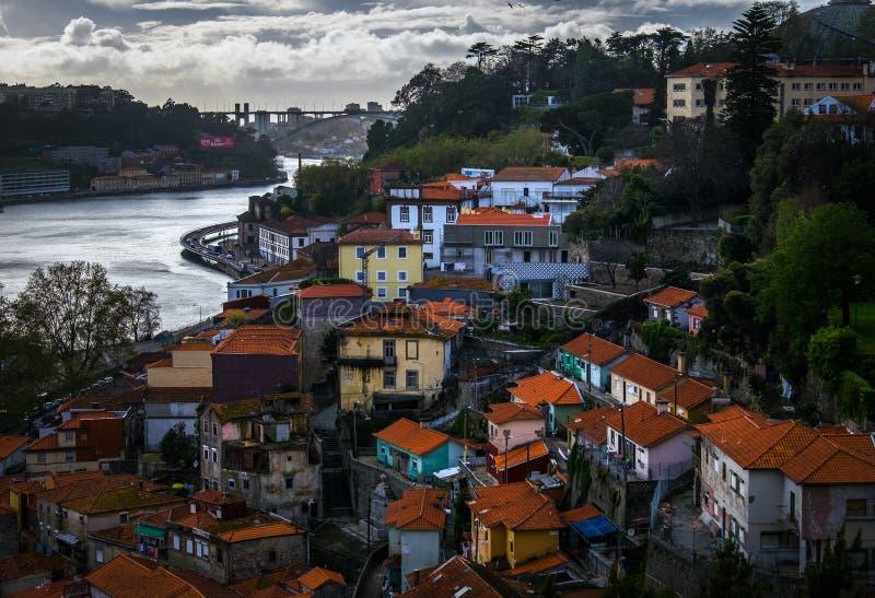 Bank rzeczny Duero porto stary miasteczko Portugalia zdjęcie stock