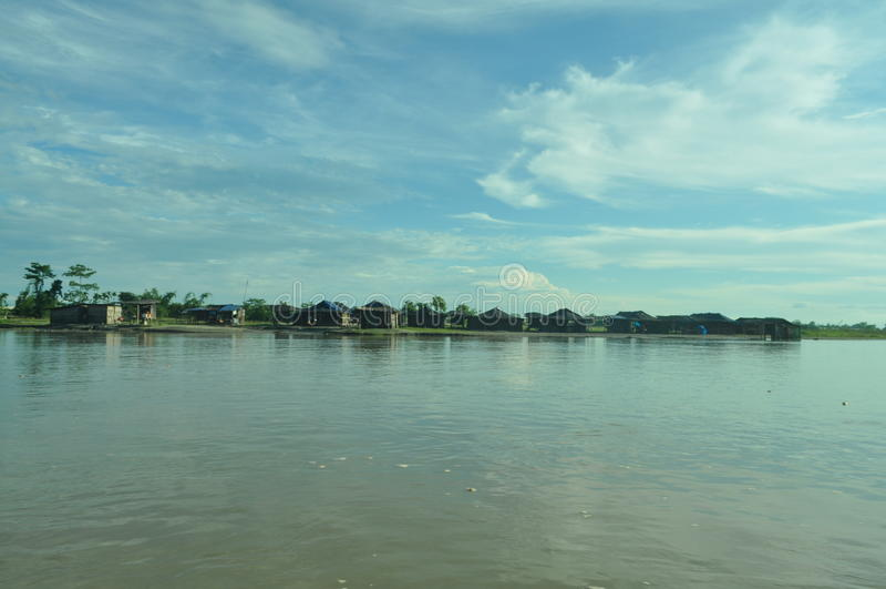 Bank von Fluss Brahmaputra lizenzfreie stockfotografie
