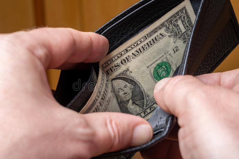 Bankbiljet van één dollar in de portemonnee Bankrupt concept stock afbeelding